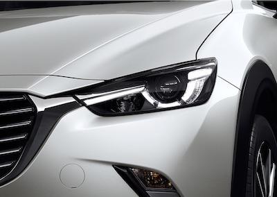 Mazda CX-3 Headlights